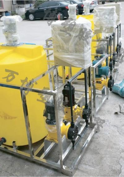 如何延长塑料加药箱的使用寿命,应该注意哪些问题